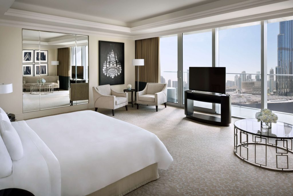 Suite master bedroom Address Boulevard Dubai